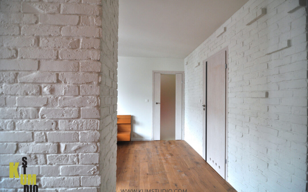 Białe płytki z cegły w Krakowie